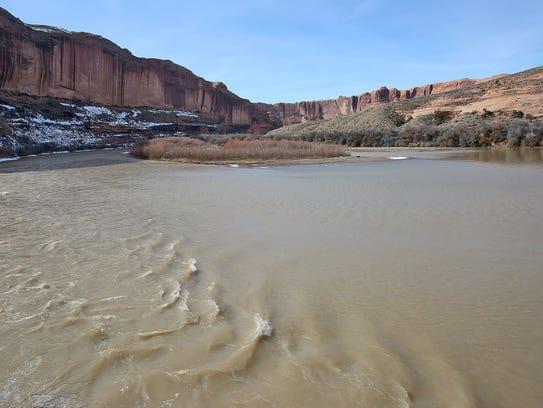 The Colorado River flows near Arches National Park