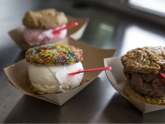Alexa Hesse makes ice cream sandwiches from cookies,