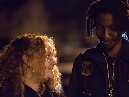 Danielle Macdonald crushes on Mamoudou Athie in 'Patti