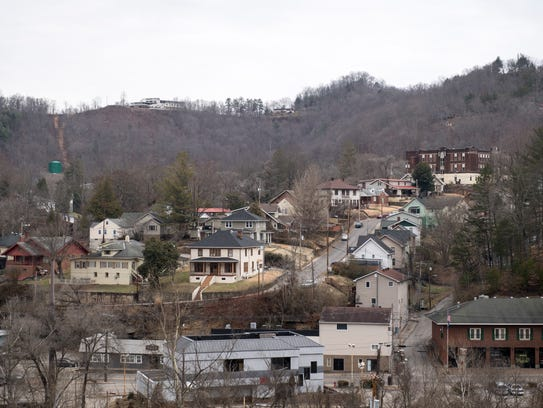 A view of downtown Hazard, Ky., on a hazy Saturday morning.