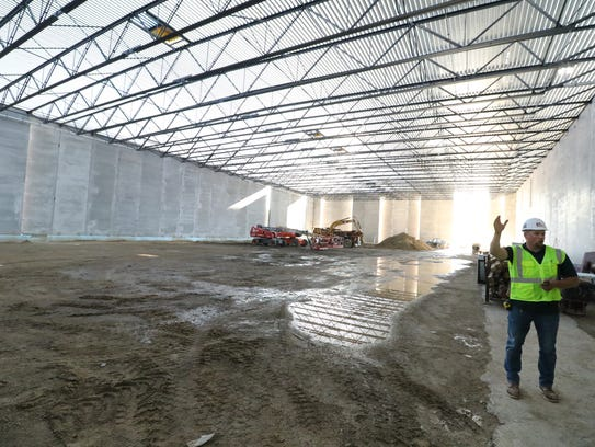 Site Manager describes progress on the Fieldhouse that