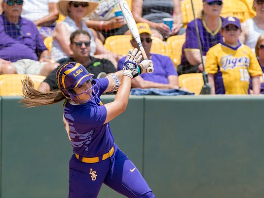 Shelbi Sunseri at the plate during the NCAA Div 1 Tournament