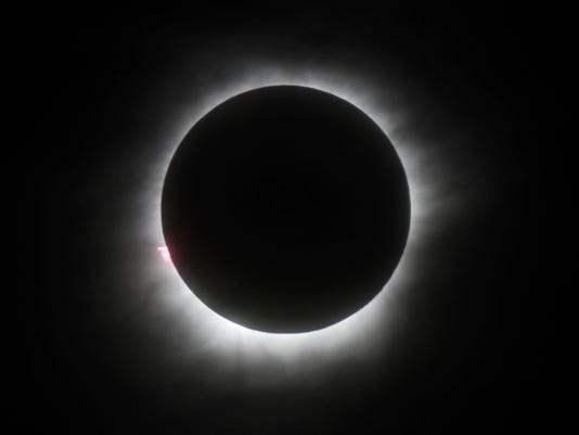 636234584658484148-Eclipse.jpg