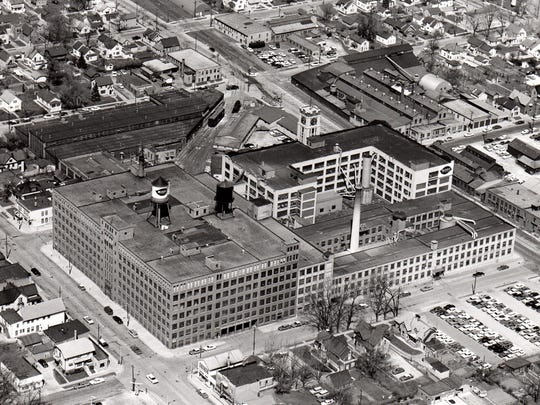 Aerial view of Mirro Plant 2, South 15th and Washington