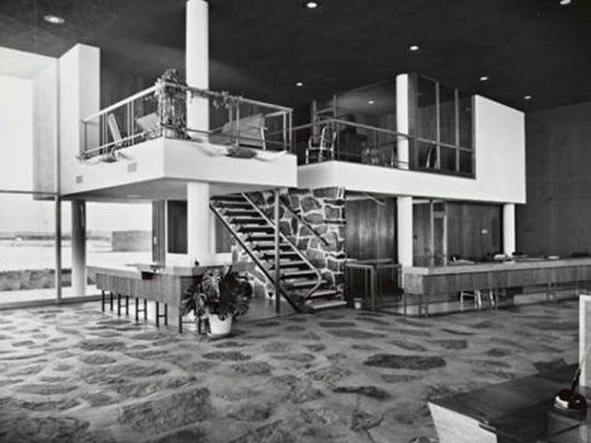Original Farmers & Stockmens Bank interior, by Pereira & Luckman.