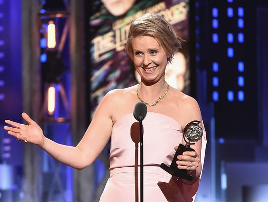 Cynthia Nixon accepts the award for best performance
