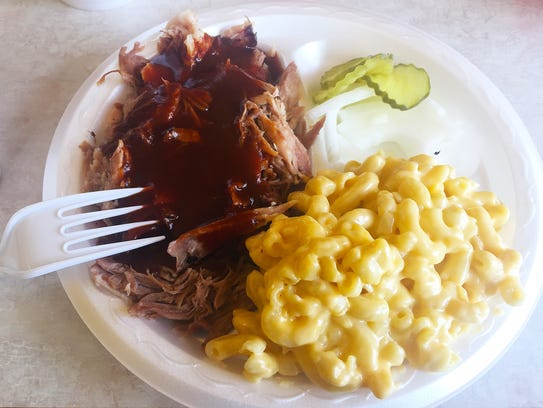 Pulled pork plate ($8.89) with mac and cheese and a