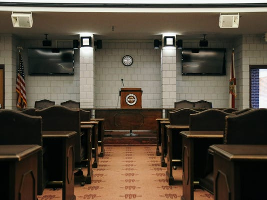 636046136001773932-FSV-Senate-Chamber-HD-200716-0001.jpg