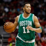 Evan Turner, Trail Blazers agree on four-year, $70 million contract