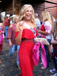 Miss Ohio USA Deneen Penn arrives at Silver Star for the Welcome Reception.