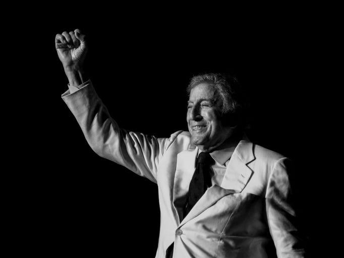 Tony Bennett performs at the Anderson Center at Binghamton University on Saturday, Aug. 30.