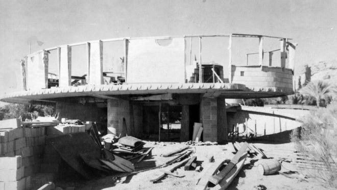 A photo taken in 1951 of the construction of the David and Gladys Wright House near 52nd Street and Camelback Road in Phoenix.