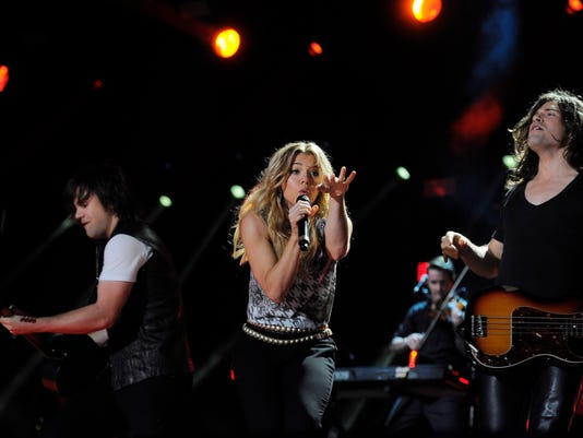 -The Band Perry Finals-002.JPG_20140611.jpg