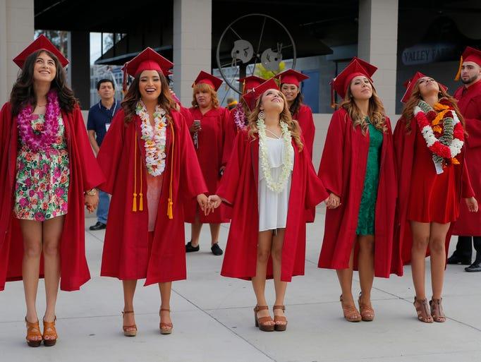La ceremonia de graduación 2015 de la Universidad Comunitaria