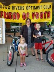 Pictured: Debbie Allie of Fox Communities Credit Union