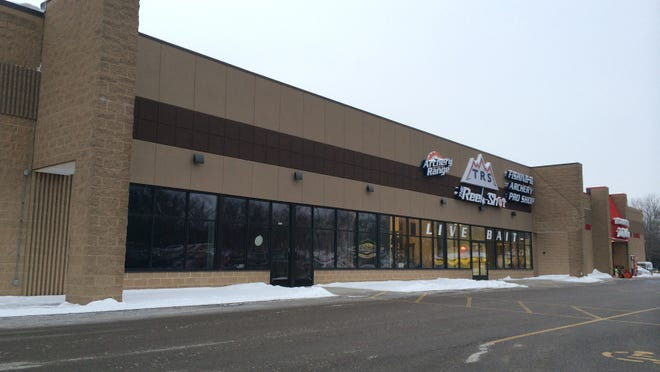 Ye Old Goat signs lease in Appleton.
