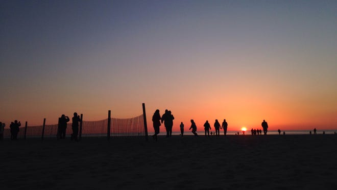 Easter sunrise service is held Sunday on the beach in Ocean City.