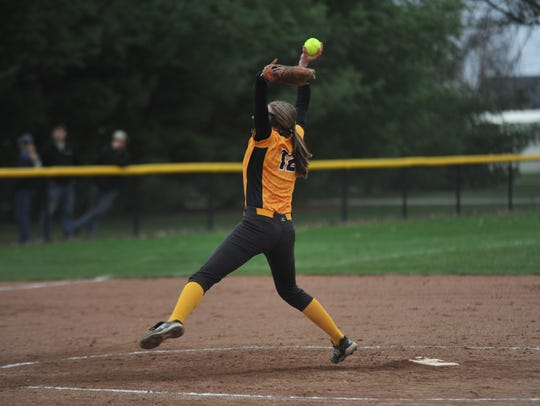 Sydney Studer tossed 10 K's in her team's loss to Bucyrus.