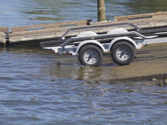 web - boat trailer ramp boating