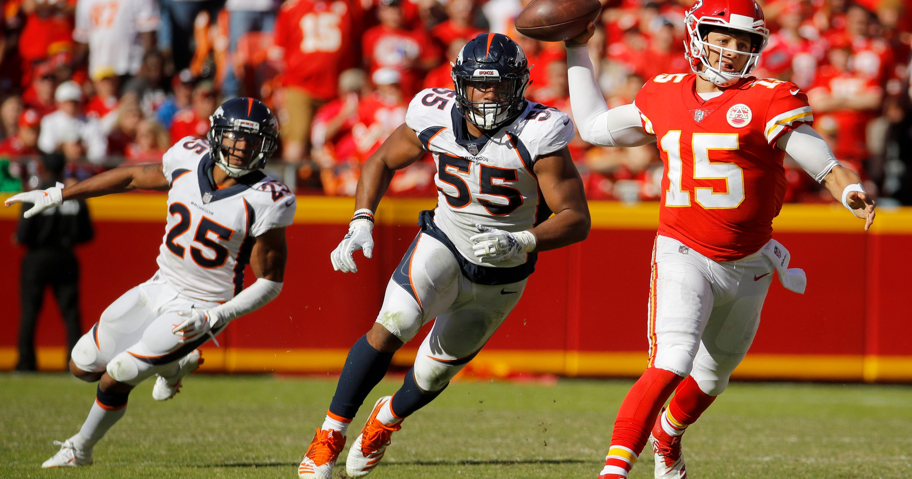 Chiefs owner Hunt surprised by quick success of Mahomes 9f818d336