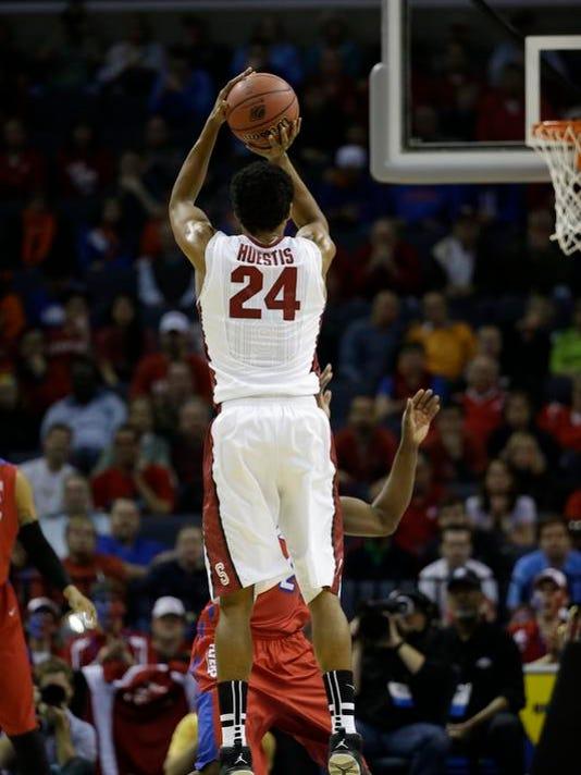 -NCAA Dayton Stanford Huestis.jpg_20140327.jpg