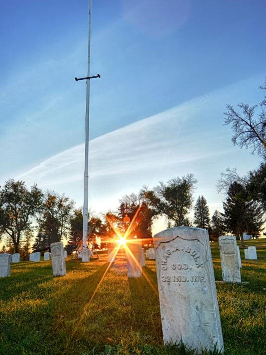 -Highland Cemetery Flag Pole 1.jpg_20131016.jpg