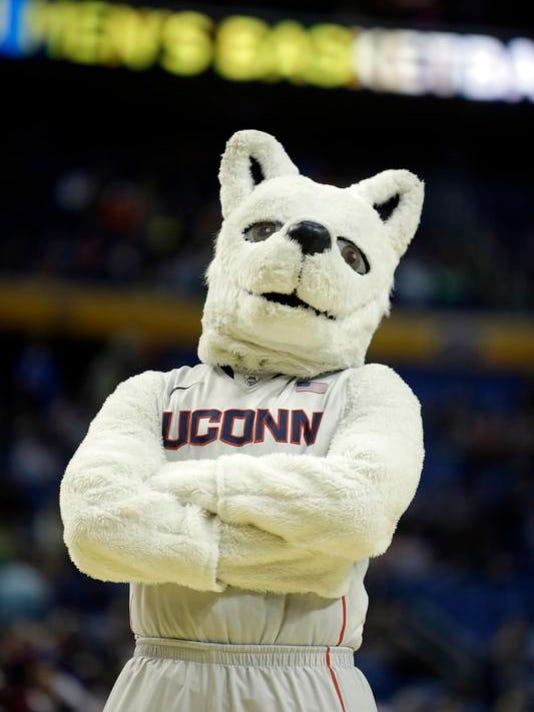 2014 204290062-NCAA_UConn_Saint_Josephs_Basketball_NYFF164_WEB805303.jpg_201.jpg