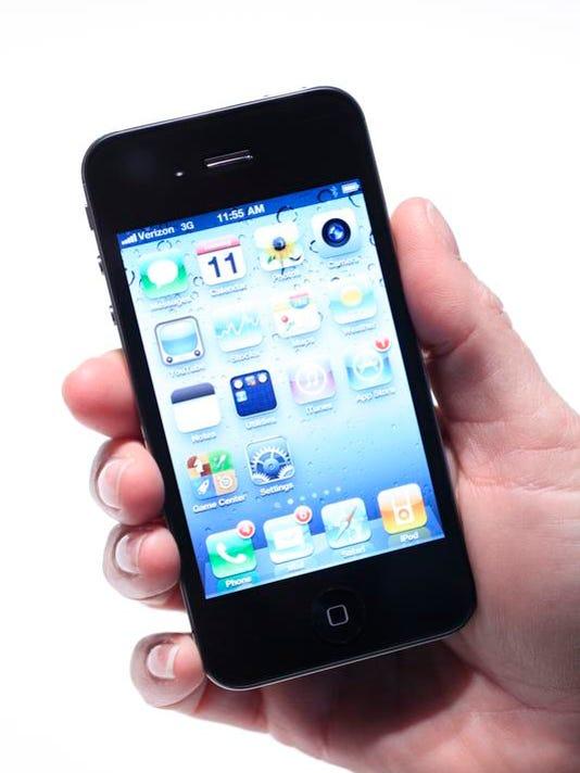 -Phone Frenzy.JPEG-09c8d.jpg_20110210.jpg