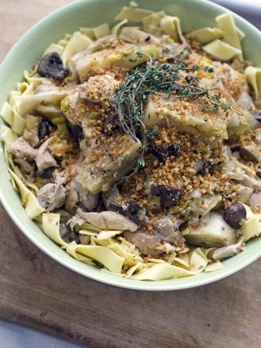 REN0312 Slow Cooker Chicken 1.jpg