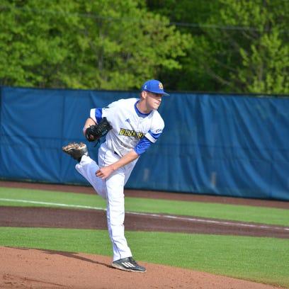 University of Delaware sports notes: Walter fans 17