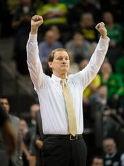 Feb 24, 2018; Eugene, OR, USA; Oregon Ducks head coach Dana Altman signals to his players during the second half against the Arizona Wildcats at Matthew Knight Arena. Oregon won 98-93 in overtime. Mandatory Credit: Troy Wayrynen-USA TODAY Sports