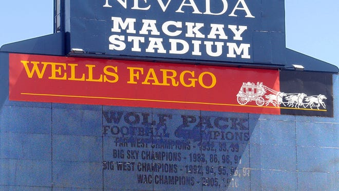 The Wolf Pack's outdated scoreboard at Mackay Stadium will be replaced before the start of the 2016 season.