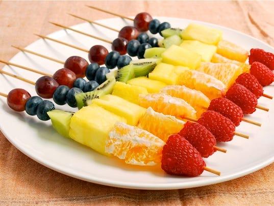 rainbow-fruit-skewers-2.jpg