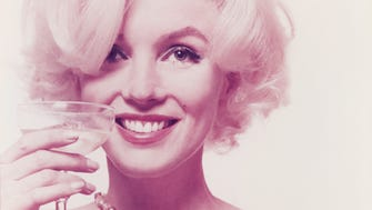 This 1962 photo captures the essence and enduring allure of Marilyn Monroe.