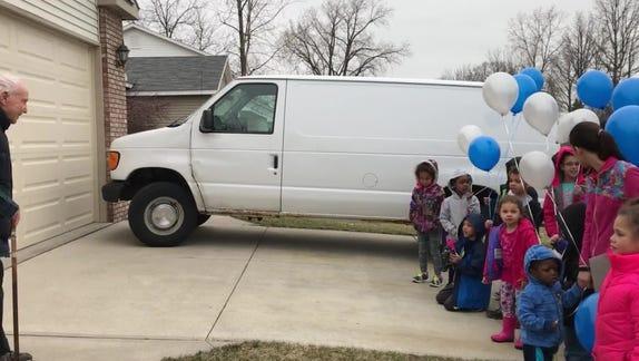 Neighborhood kids celebrate man's 101st birthday