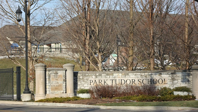 The College Avenue entrance to Park Tudor School.