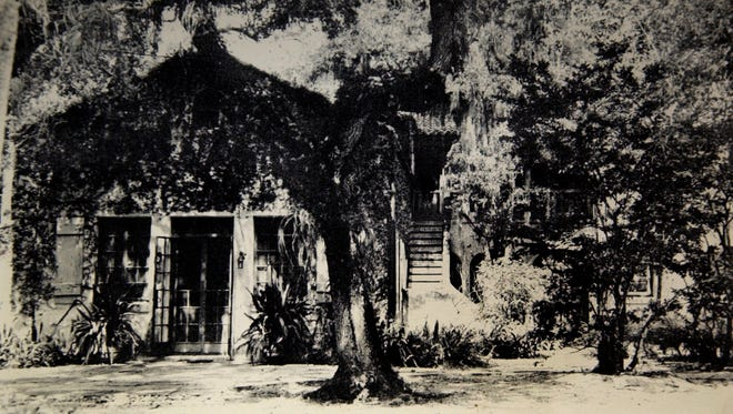 The Immokolee, the historic home west of Fort Pierce in 1930. It was built by Dorothy Binney Palmer, the daughter of Edwin Binney who invented Crayola crayons. Edwin Binney retired to Fort Pierce.
