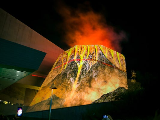 Volcanic Eruption at Arizona Science Center, 1/25/18. Photo by Melissa Fossum for AZCentral.