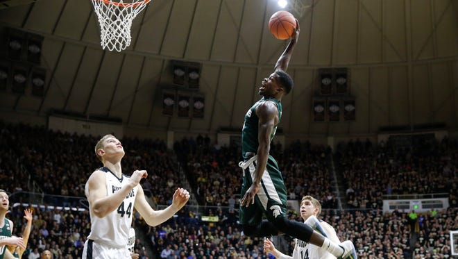 Michigan State guard Eron Harris (14) missed two dunk attempts.