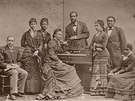 The Fisk Jubilee Singers began touring the country in 1971.