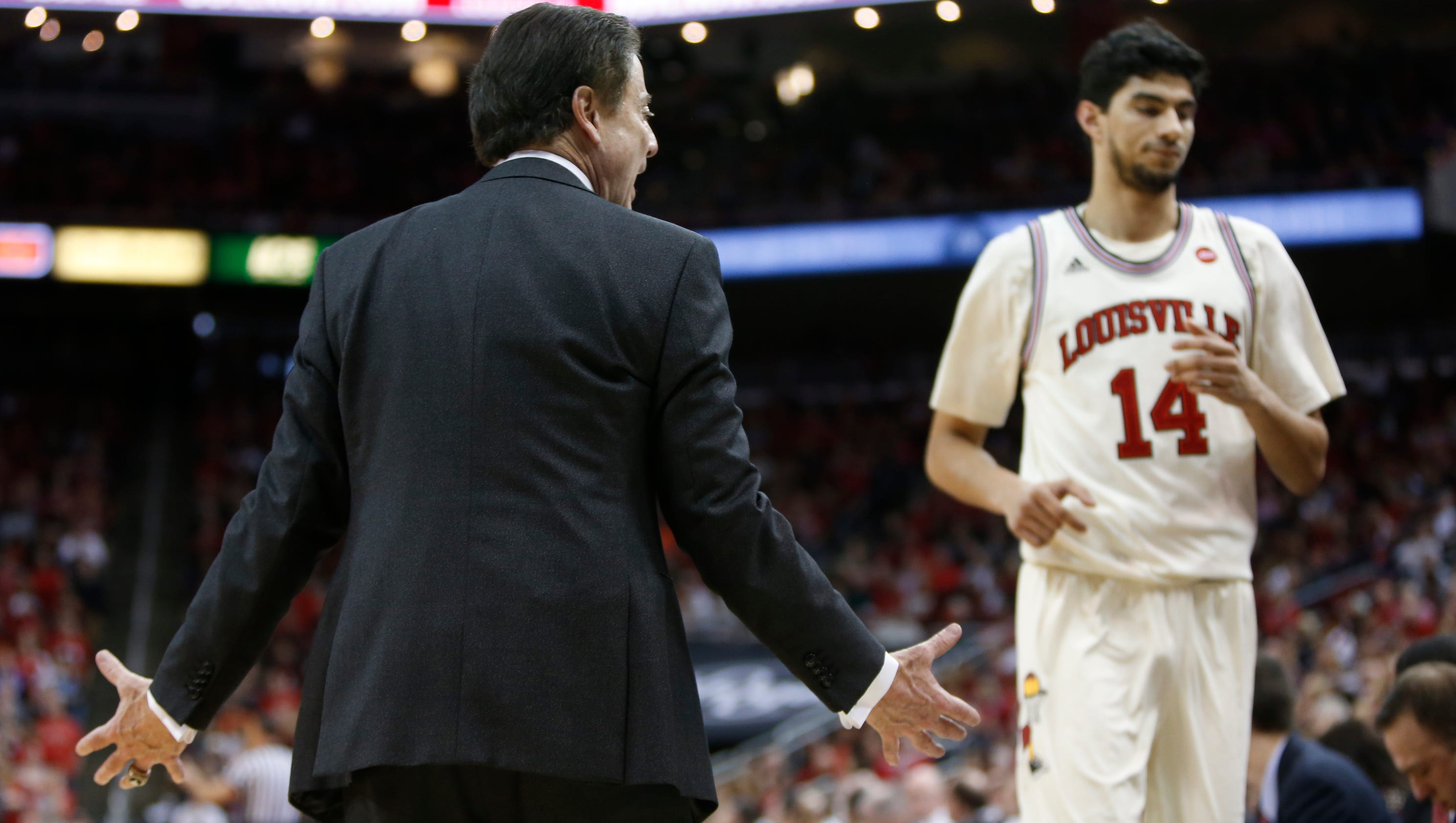 The Resume: Louisville still has shot at No. 1 seed but it'll require ...