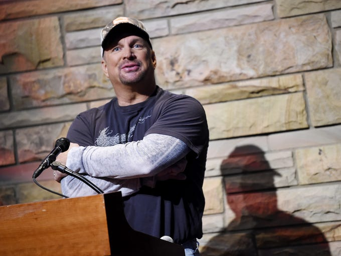 Garth Brooks announces his 2019 concert tour at Ford