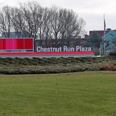 DuPont looks to future in final shareholder meeting