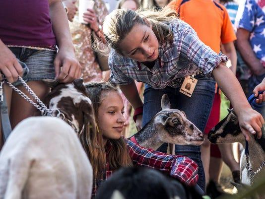 14_new_081215_hartford fair