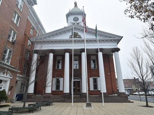 Franklin County Courthouse FRONT.jpg