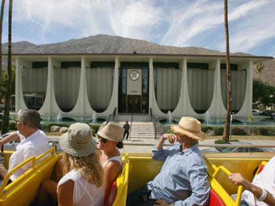 636124133219911169-Modernism-Week-double-decker-bus-tour.jpg