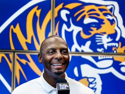 University of Memphis head coach Penny Hardaway holds