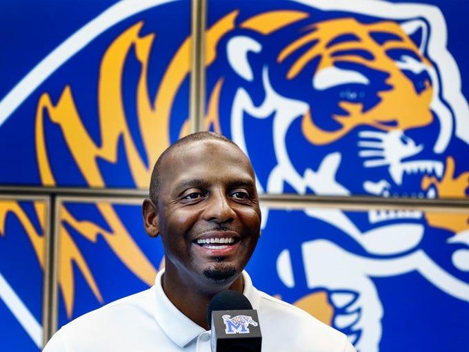 University of Memphis head coach Penny Hardaway holds
