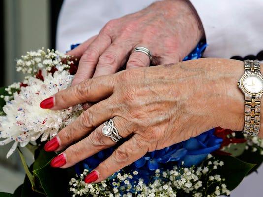 635716350207334927-Wedding9
