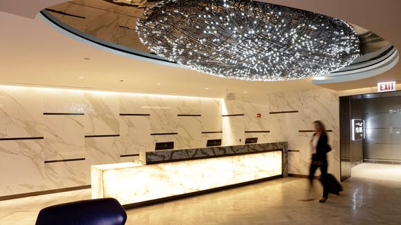 The entrance to United's Polaris lounge at Chicago